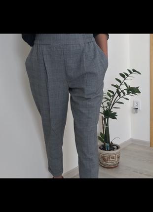Класичні штани в клітку