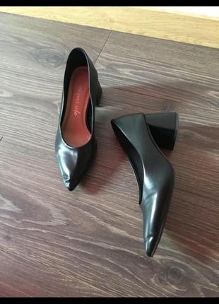 Туфли новые на блочном каблуке