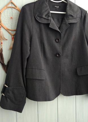 Стильный серый пиджак интересного фасона большого размера 18uk