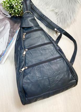 Рюкзак кожа натуральная . синий