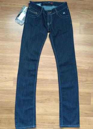 Zara тёмно-синие джинсы, 26 размер