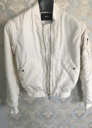 Куртка  ,бомбер