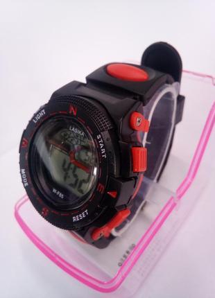 Детские влагозащищенные электронные часы lasika w-f85