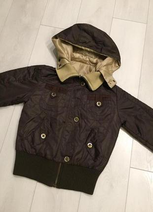 Курточка коричневая с капюшоном на осень!