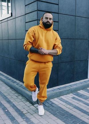 Мужской зимний костюм оверсайз желтый
