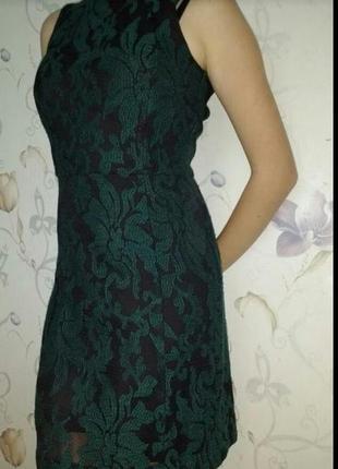 Красивое облегающее платье футляр