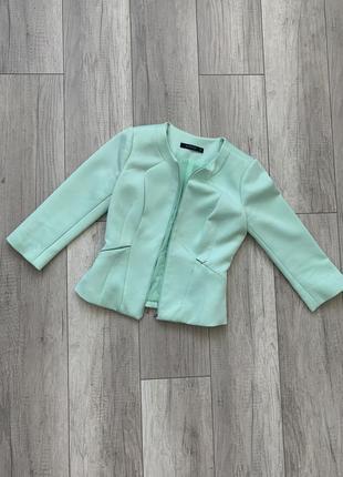 Пиджак укороченный reserved