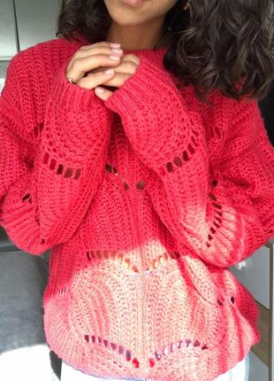 Красивый тёплый свитер от nine
