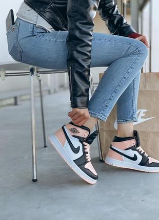 Крутые женские кроссовки nike /жіночі кросівки найк