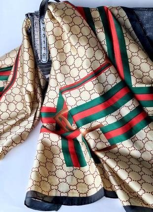 Шарф/палантин из шелка 188*100см  бежевого цвета с  зелено- красной лентой