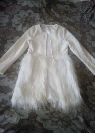 Шикарное пальто с мехом под перья страуса турция