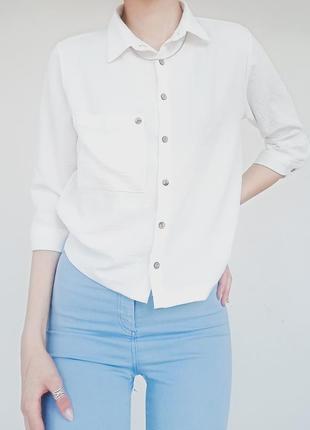 Белая базовая рубашка на завязке
