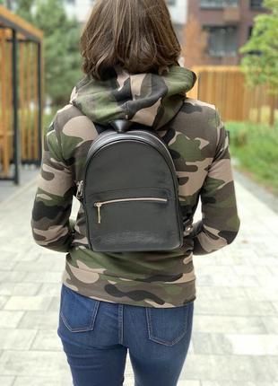 Кожаный городской чёрный рюкзак, разные цвета