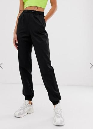 Актуальные штаны cargo
