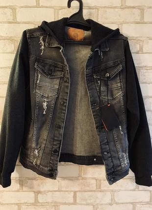 Джинсовка (джинсовая куртка с капюшоном)