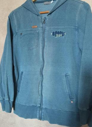 Стильная кофта под джинс