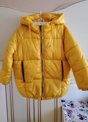 Зимняя курточка р.128-134