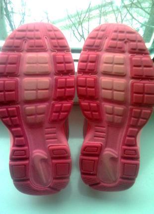 Кроссовки для девочки nike revolution 2 555091-011 silver citrus pink kids, размер 302 фото