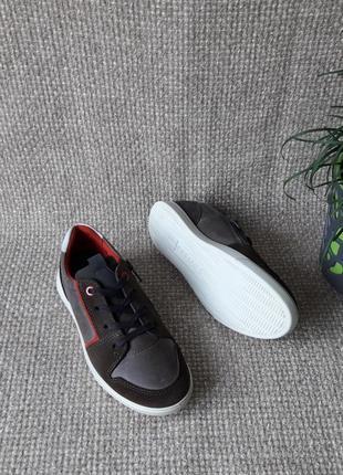 Кросівки шкіряні оригінал ecco shay 730742 розмір 32