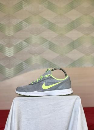 Кроссовки nike training тренировочные спортивные зелёные