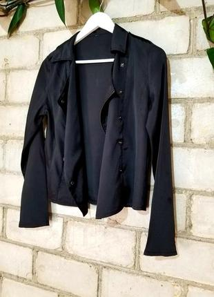 Легкий жакет пиджак косуха рубашка с декором на спинке