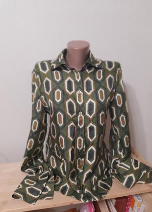 Блуза шелк орнамент