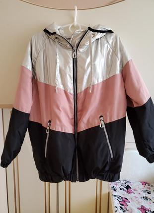 Классненькая курточка р.128