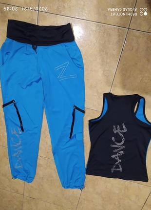 Трендовый костюм для спорта фитнеса танцев майка и брюки