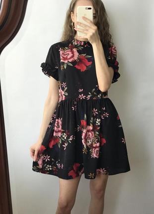 Платье мини чёрное цветы кукольное воланы трапеция широкое оверсайз объемное винтаж