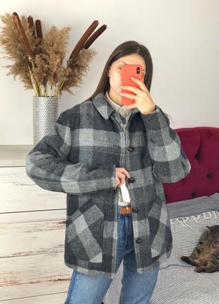 Актуальная тёплая рубашка лесоруба в клетку пальто