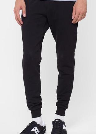 Зауженые теплые штаны спортивные размер m