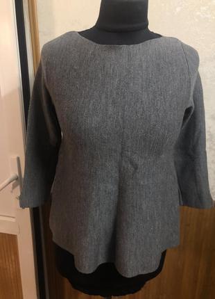 Укороченый шерстяной свитерок