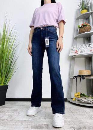 Новые джинсы клеш wrangler
