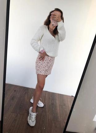Белый вафельный свитер voe