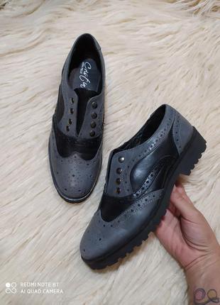 Невероятные полностью кожаные туфли оксфорды от vera pelle