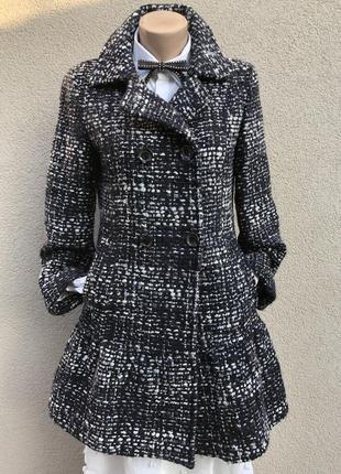 Шерстяное пальто с баской,букле,люкс бренд,max mara.