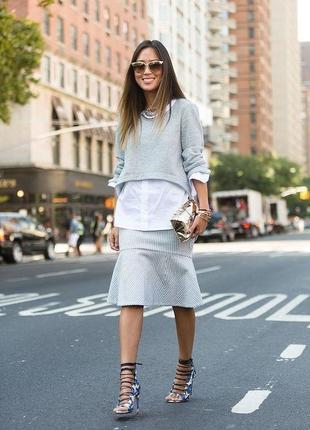 Серый джемпер свитшот обманка с белой рубашкой украинского дизайнера комбинирован