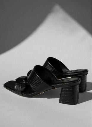 Мюли на толстом каблуке босоножки под рептилию на полную ножку большой размер topshop