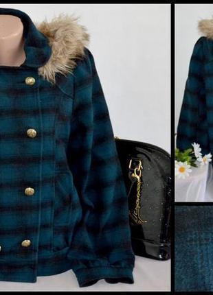 Демисезонное пальто полупальто с меховым капюшоном и карманами george вьетнам