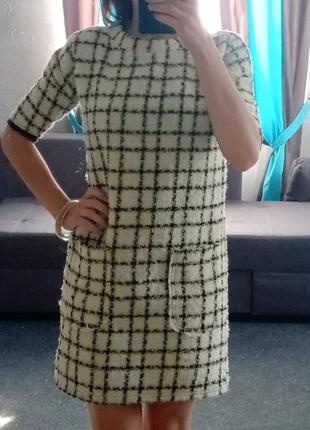 Твидовое классическое платье в клетку