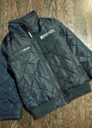 Стёганая курточка деми на мальчика 104