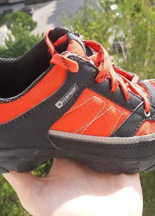 Осенние кроссовки трекинговые ботинки quechua