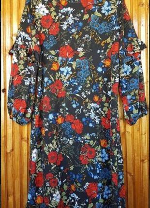 Шикарное платье миди h&m в цветы, с воланами.