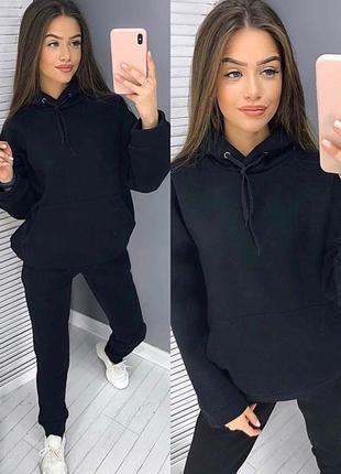 Черный тёплый спортивный костюм