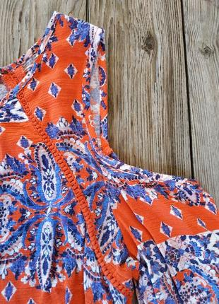 Блузка  з рюшками