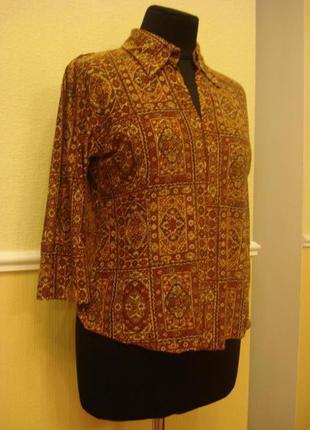 Трикотажная блузка с воротником и  рукавом  3\4