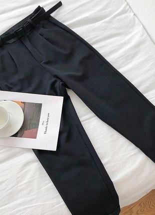 Брюки с защипами/ классические брюки из костюмной ткани/ зауженные штаны