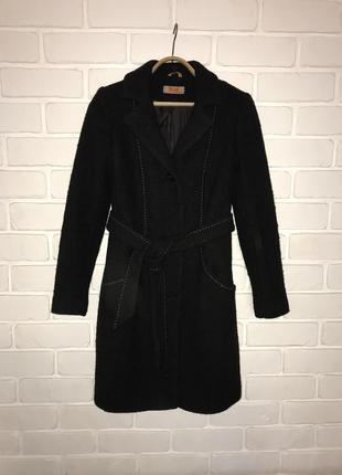 Стильною пальто