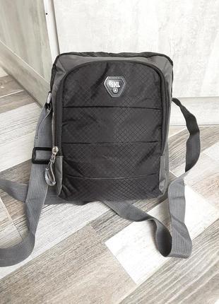 Удобная сумка кроссбоди shengxilu. новая