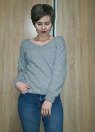 Удлиненный мягкий серый свитер джемпер шерсть кашемир с красивыми v-образным вырезом h&m